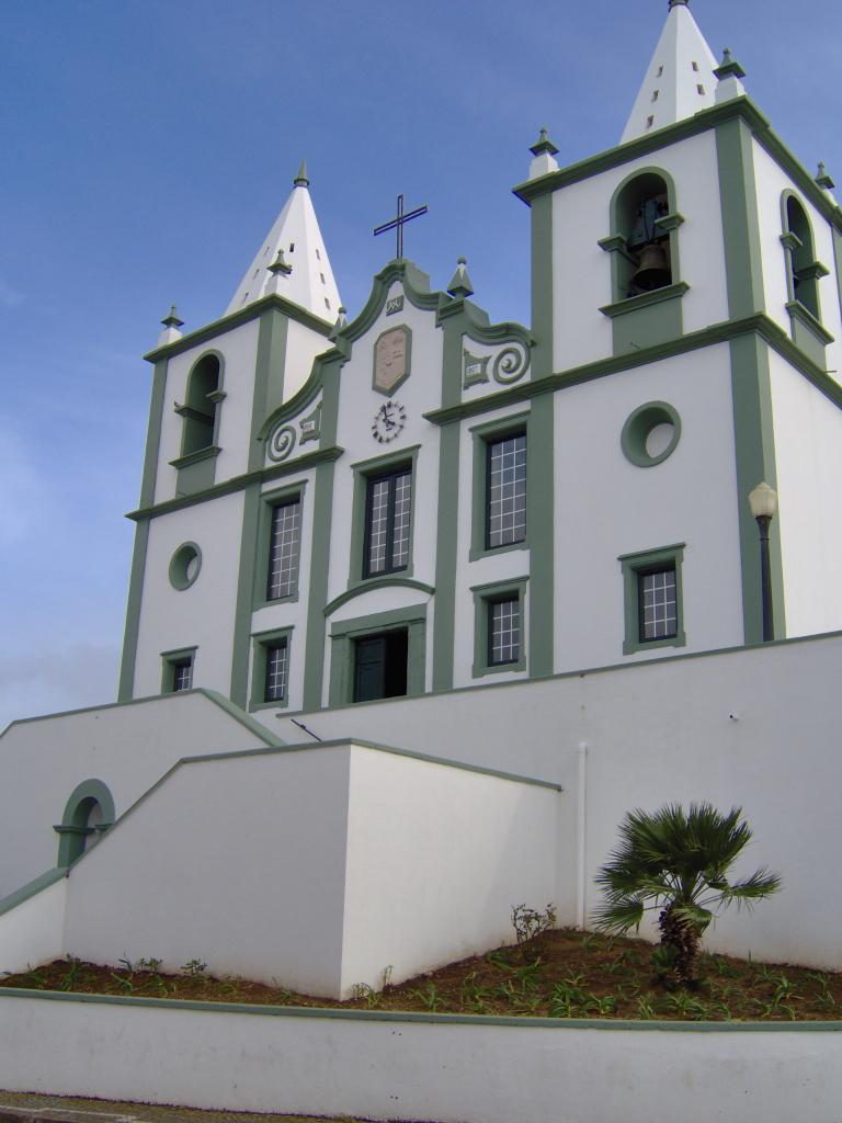 Igreja Paroquial do Raminho